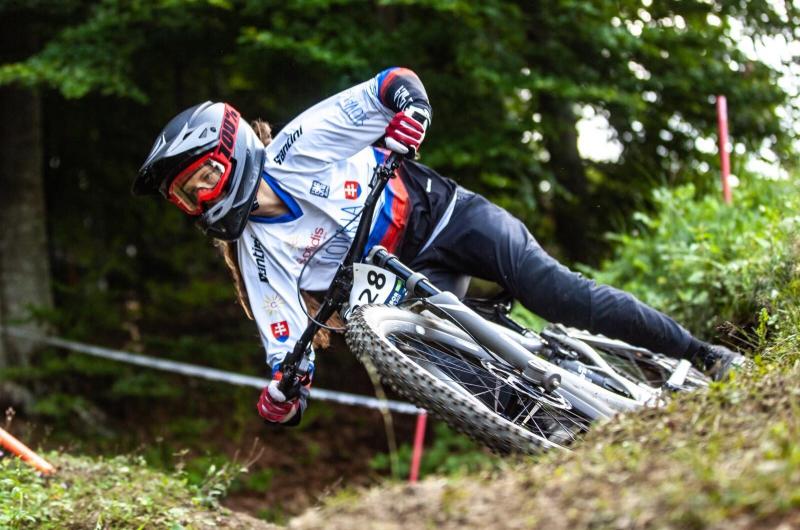 Na majstrovstvách Európy vysoko bodovali aj slovenskí jazdci. Kuchyňková atakovala pódium