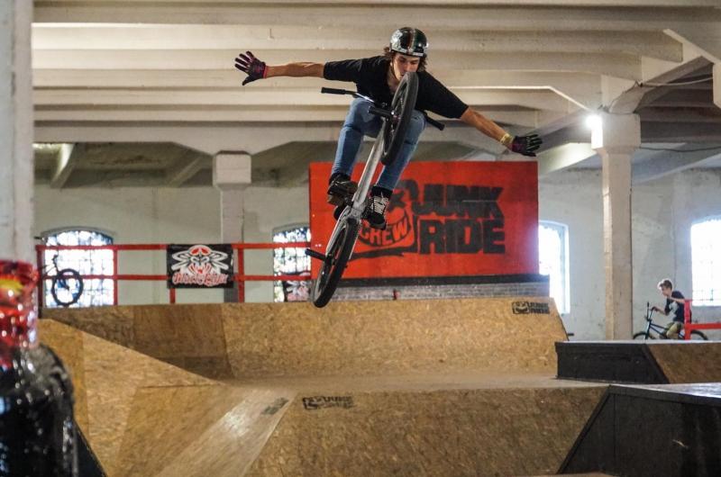 Šurany hostili Majstrovstvá SR vo FREESTYLE BMX PARK