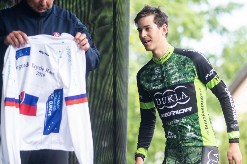 Na dvoch V4 pretekalo 40 Slovákov, Cully vylovil tri UCI body
