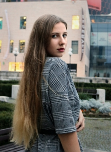 Laura Debnárová