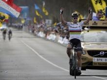 Sagan s prvým monumentálnym víťazstvom a suverénne vedie všetky rebríčky