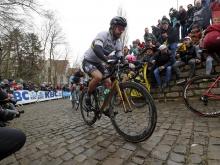 Okolo Flámska: Preteky vyhral Terpstra, Sagan skončil šiesty, doplatil sa neochotu spolupracovať